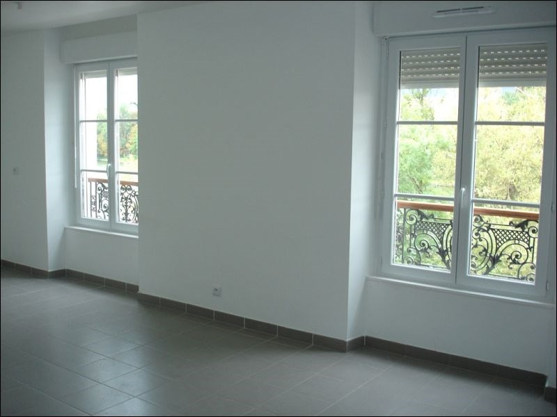 Location appartement Viry chatillon 761€ CC - Photo 2