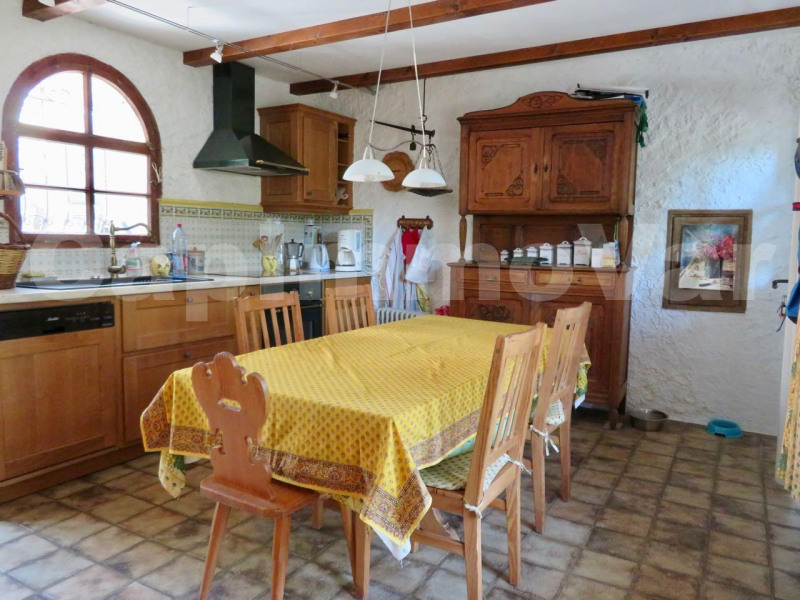 Sale house / villa Le beausset 465 000€ - Picture 6