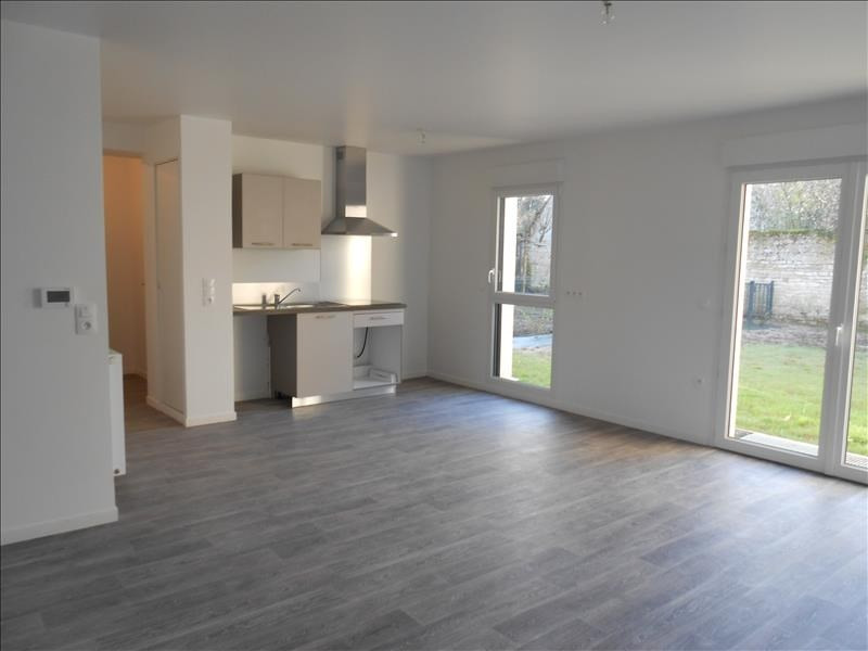 Location appartement Lion sur mer 675€ CC - Photo 1