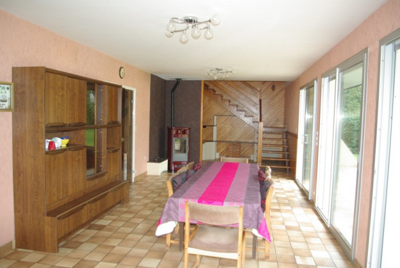 Sale house / villa Pleuven 241 500€ - Picture 5