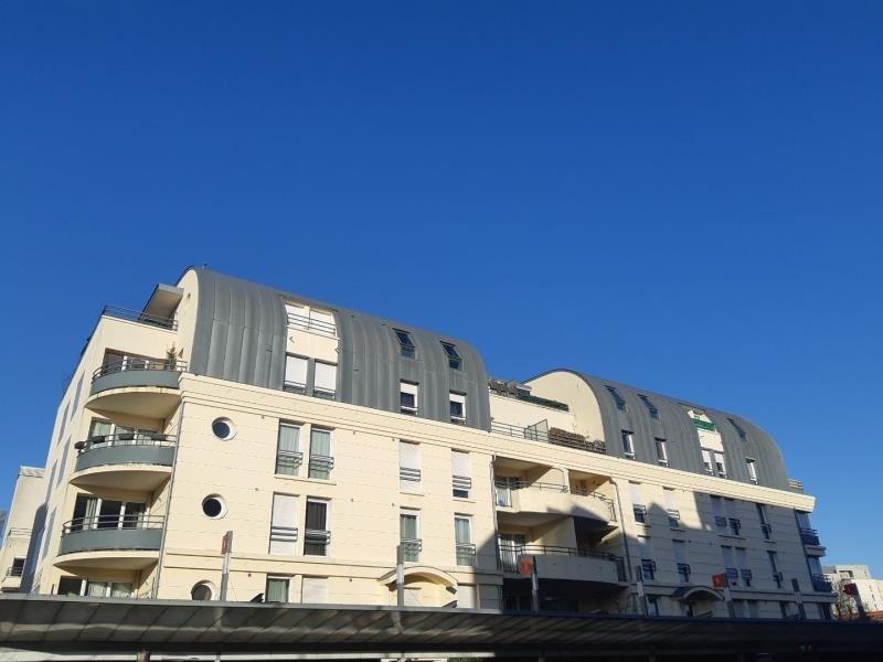 Location appartement Acheres 943€ CC - Photo 1