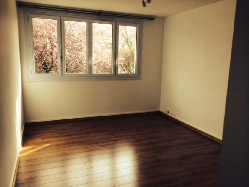 Location appartement Le pecq 942€ CC - Photo 1