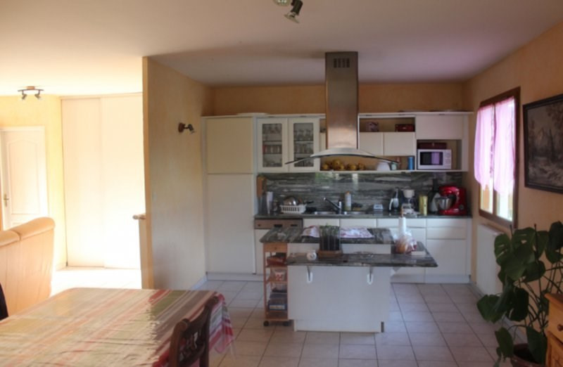 Vente maison / villa Morestel 210000€ - Photo 5