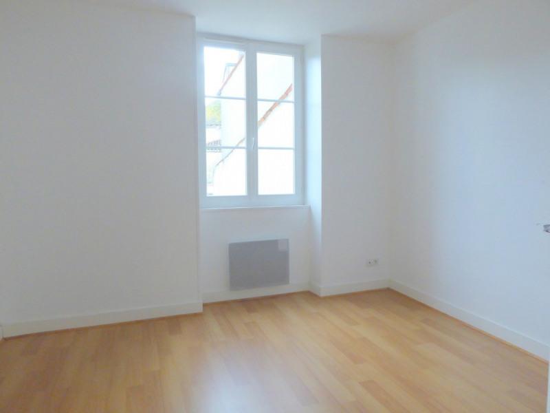 Sale house / villa Burie 112140€ - Picture 10