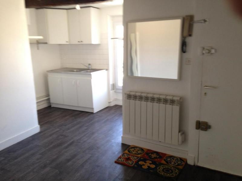 Rental apartment Saint germain en laye 863€ CC - Picture 4
