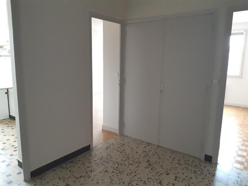 Location appartement Villefranche sur saone 615€ CC - Photo 6