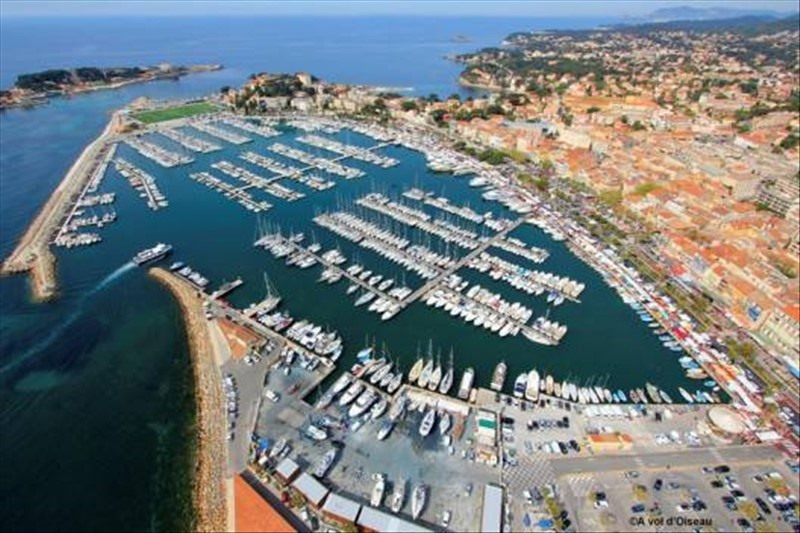 Deluxe sale house / villa Bandol 640 000€ - Picture 1