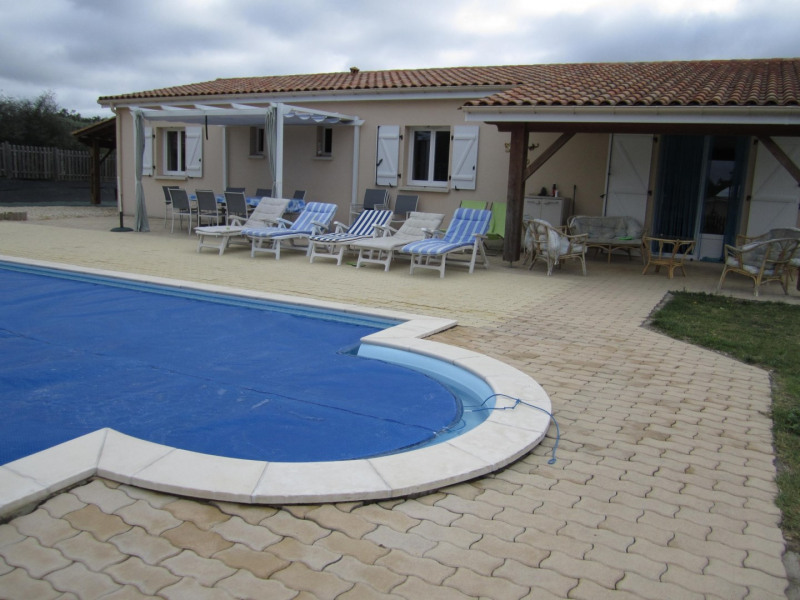 Sale house / villa Brossac 250 000€ - Picture 8