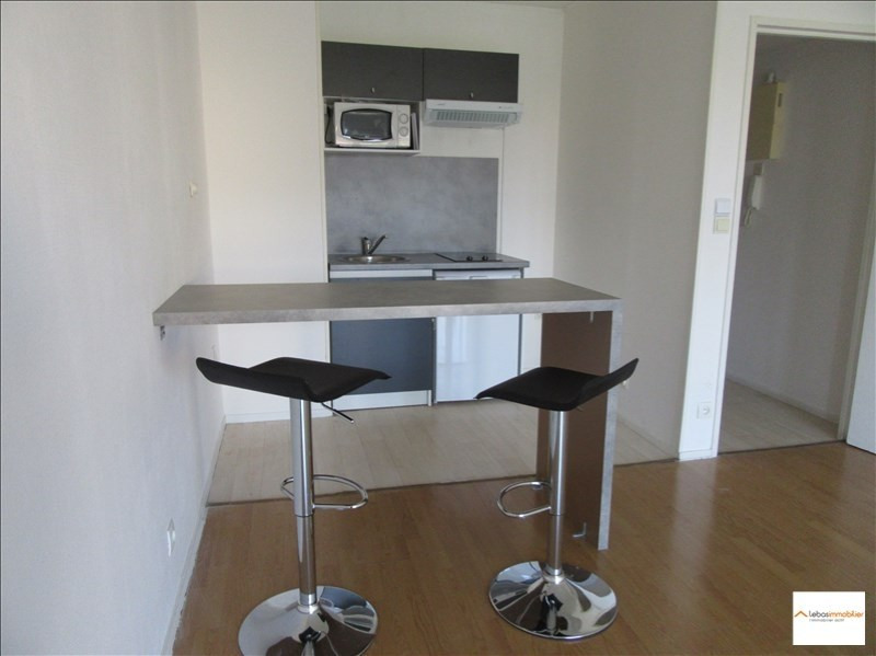 Location appartement Yvetot 421€ CC - Photo 1