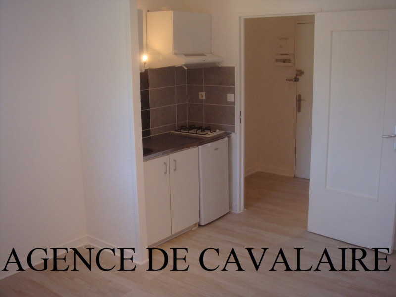 Appartement Studio avec coin nuit à Cavalaire avec parking