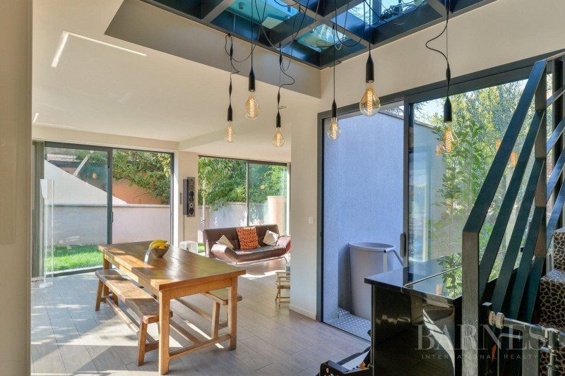 Lyon 3 - Montchat - House of 200 sqm - Garden of 254 sqm - 5 bed