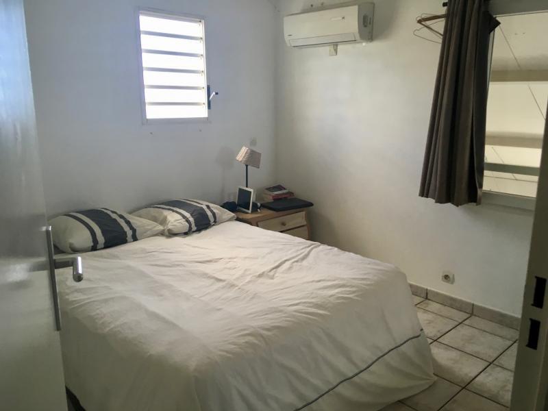 Sale apartment St gilles les bains 267000€ - Picture 3
