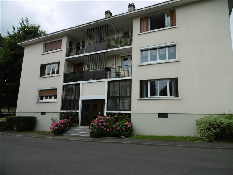 Rental apartment Bures sur yvette 1 182€ CC - Picture 1