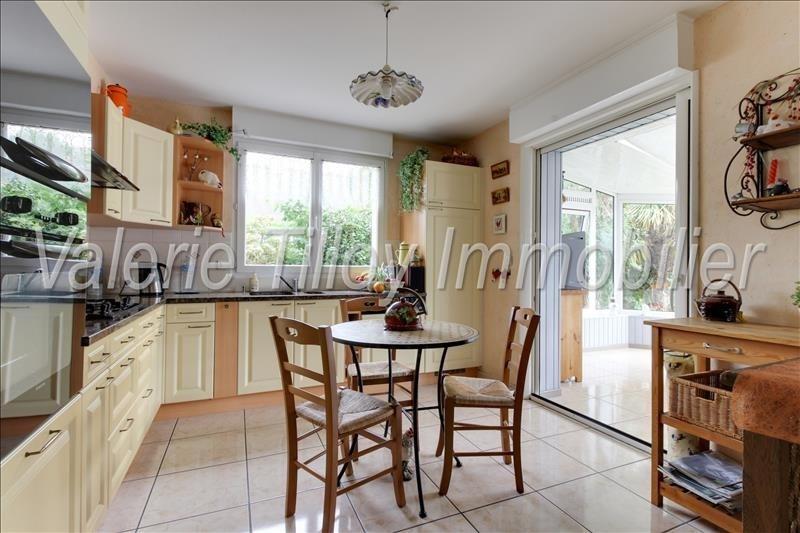 Sale house / villa Bruz 320850€ - Picture 2