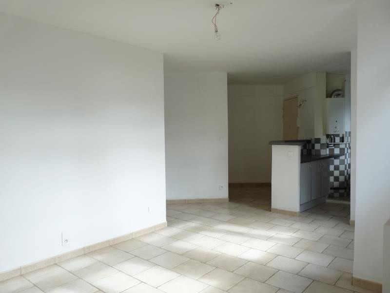 Sale apartment Aix en provence 228 000€ - Picture 3