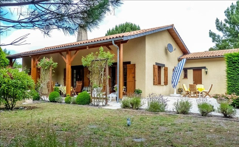 Sale house / villa Grayan et l hopital 380 000€ - Picture 3