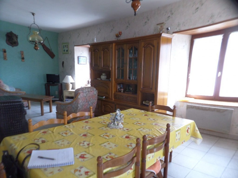 Vente maison / villa Presailles 81 700€ - Photo 5