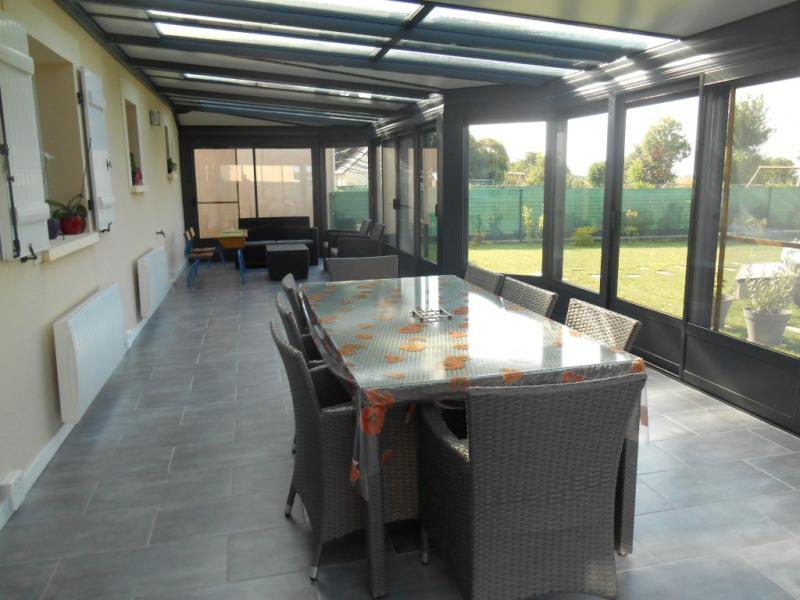 Venta  casa Crevecoeur le grand 254000€ - Fotografía 3