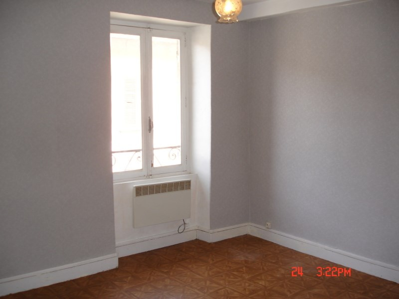Rental apartment La balme les grottes 373€ CC - Picture 2