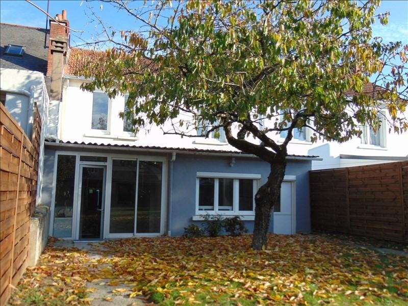 Sale house / villa Cholet 189800€ - Picture 1
