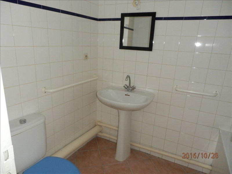 Rental apartment Toulon 430€ CC - Picture 6