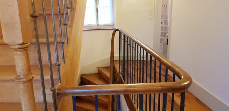 Revenda residencial de prestígio casa Barraux 639000€ - Fotografia 4