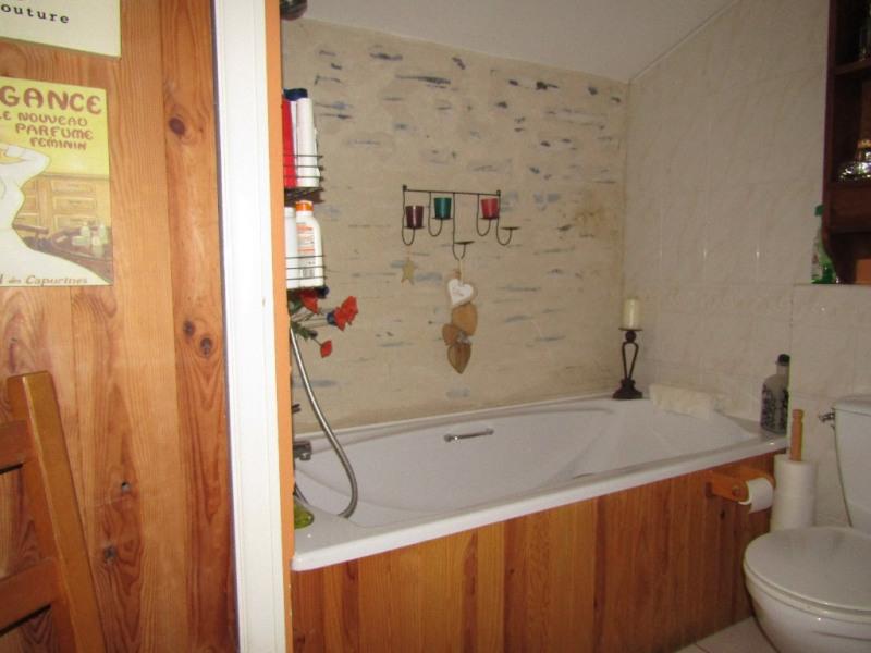 Sale house / villa Noyant la gravoyere 142000€ - Picture 6