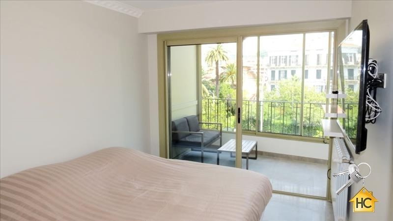 Sale apartment Cannes 300 000€ - Picture 3