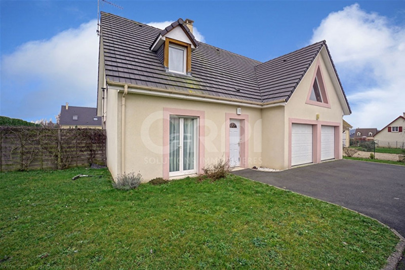 Sale house / villa Les andelys 272000€ - Picture 1