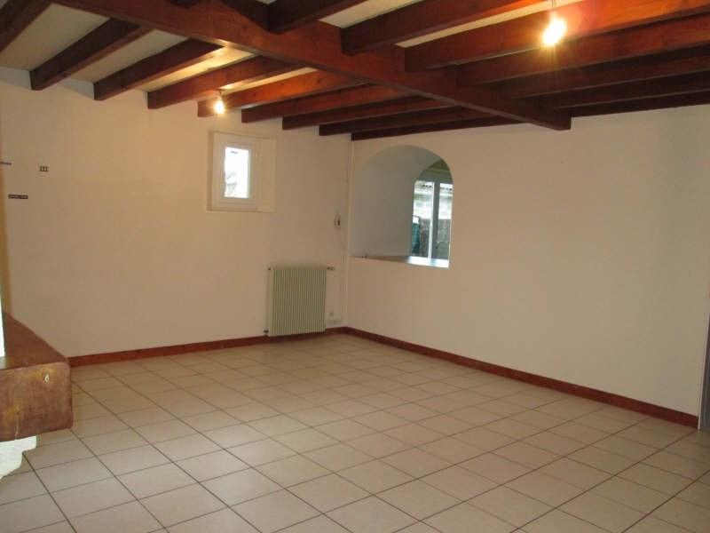 Location maison / villa La lande de fronsac 700€ CC - Photo 3
