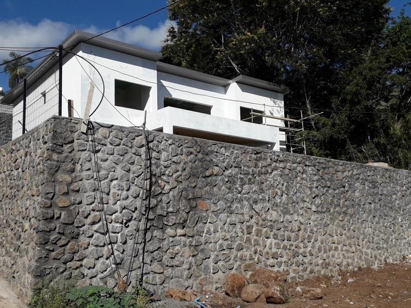 Deluxe sale house / villa St denis 570000€ - Picture 1