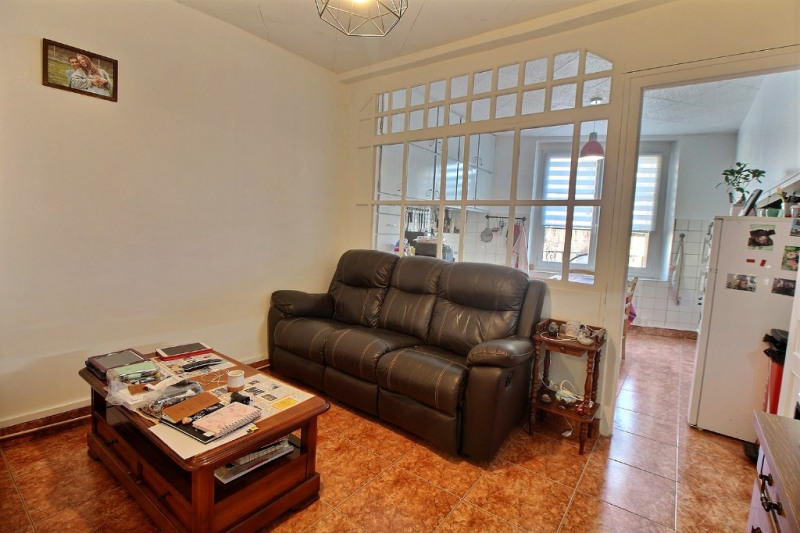 Sale apartment Oloron sainte marie 70 200€ - Picture 3