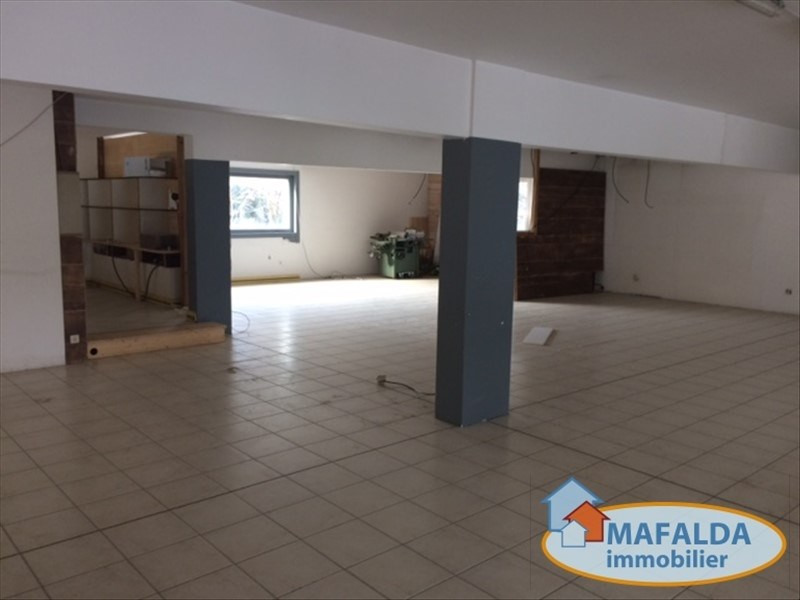 Sale empty room/storage Vougy 725 000€ - Picture 1