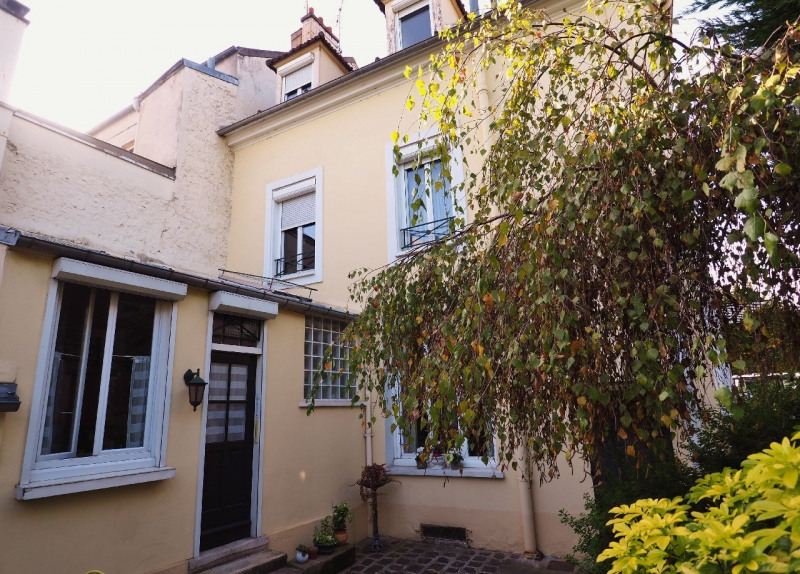 Sale house / villa Melun 344000€ - Picture 1