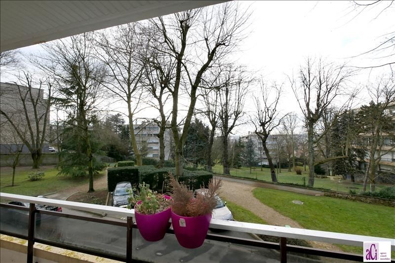 Sale apartment L hay les roses 268000€ - Picture 5