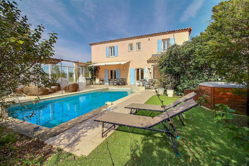 Vente de prestige maison / villa Nîmes 699000€ - Photo 1