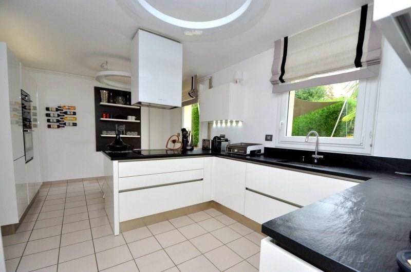 Sale house / villa Forges les bains 495000€ - Picture 4