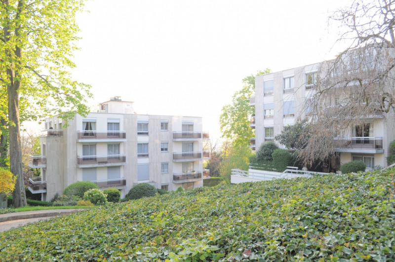 Sale apartment Le raincy 335 000€ - Picture 1