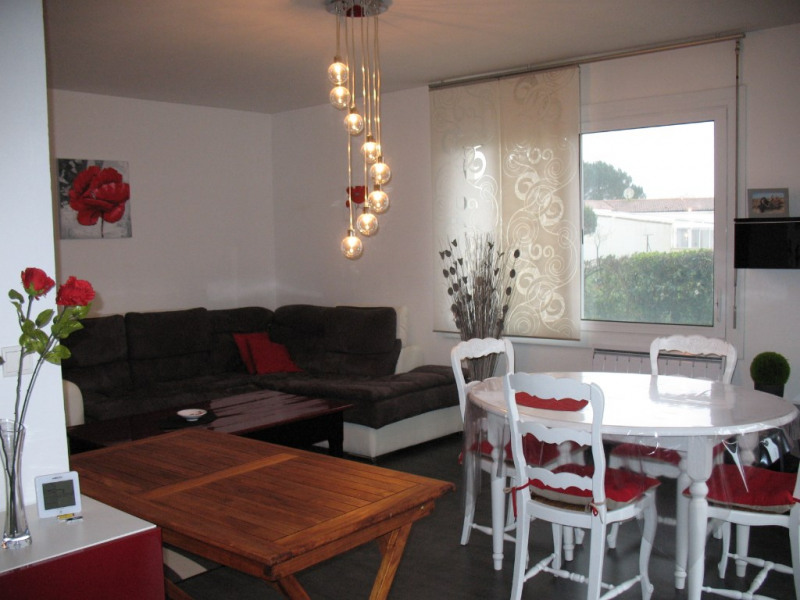 Sale house / villa Chaillevette 264500€ - Picture 4