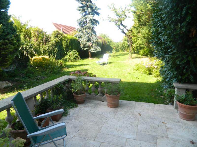 Sale house / villa Conde sainte libiaire 575000€ - Picture 2