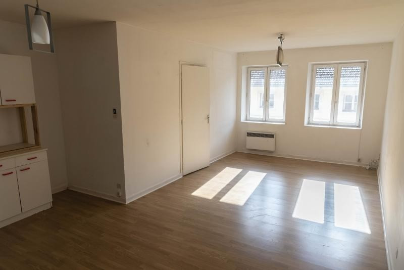 Rental apartment Nantua 250€ CC - Picture 1