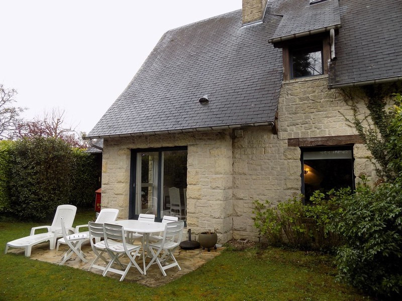 Sale house / villa Tourgeville 399 000€ - Picture 1