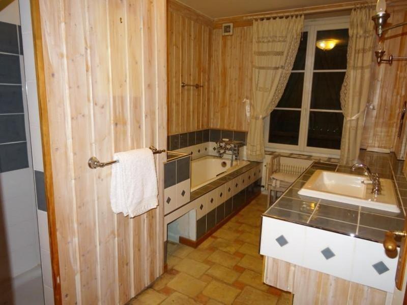 Sale house / villa Breval 358000€ - Picture 6