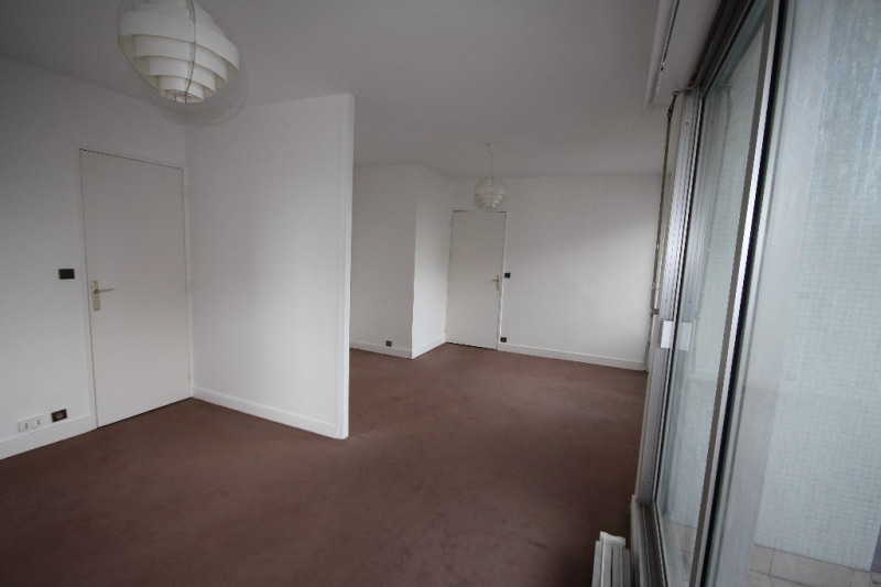 Sale apartment Paris 15ème 441 000€ - Picture 1