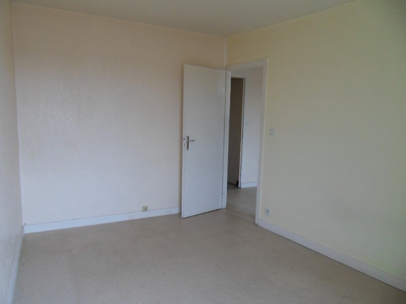 Location appartement Cognac 372€ CC - Photo 4