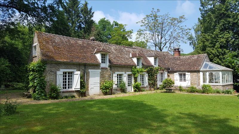 Sale house / villa Montfort-l'amaury 495000€ - Picture 1