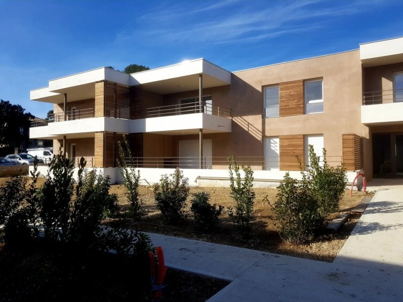 Sale apartment Villeneuve les avignon 389000€ - Picture 2
