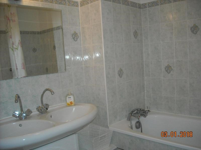 Rental apartment Vichy 386€ CC - Picture 4