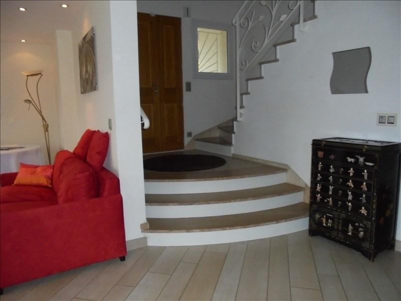 Deluxe sale house / villa Cluses 590000€ - Picture 6
