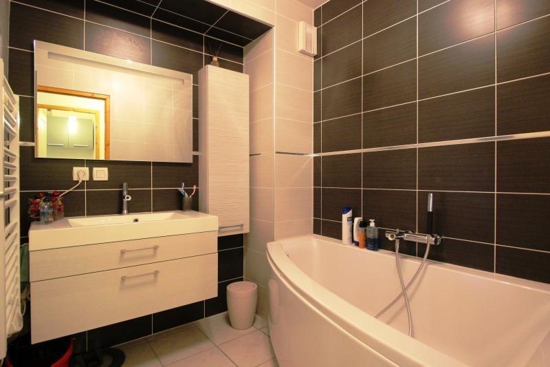 Sale apartment Marignier 230000€ - Picture 5